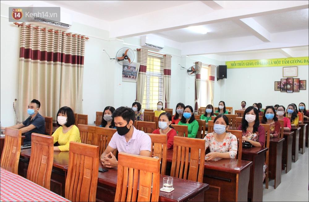 Nữ hiệu trưởng tại Đà Nẵng: 30 năm đi dạy, lần đầu tiên khai giảng không có học sinh - Ảnh 7.