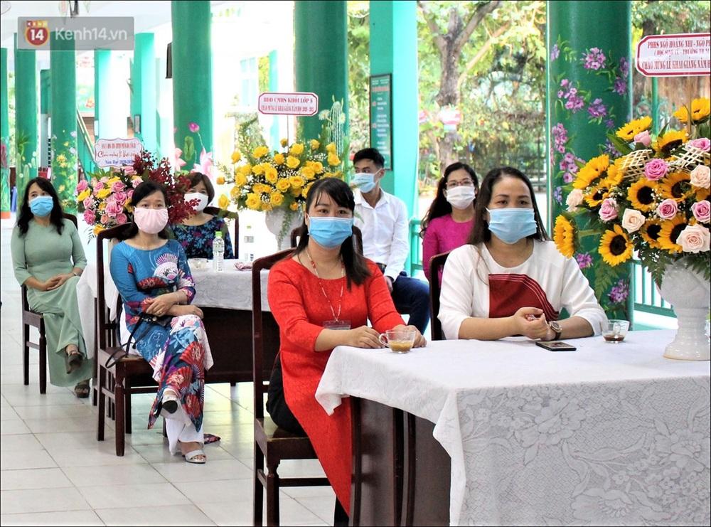 Nữ hiệu trưởng tại Đà Nẵng: 30 năm đi dạy, lần đầu tiên khai giảng không có học sinh - Ảnh 12.