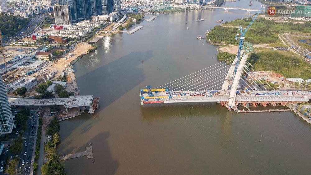 """Tổng vốn đầu tư hơn 3.000 tỷ, vì sao cầu Thủ Thiêm 2 vươn tới giữa sông thì... """"đứng hình""""? - Ảnh 16."""