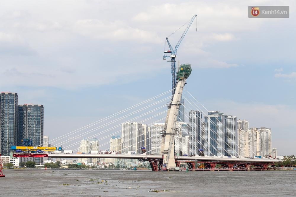 """Tổng vốn đầu tư hơn 3.000 tỷ, vì sao cầu Thủ Thiêm 2 vươn tới giữa sông thì... """"đứng hình""""? - Ảnh 15."""