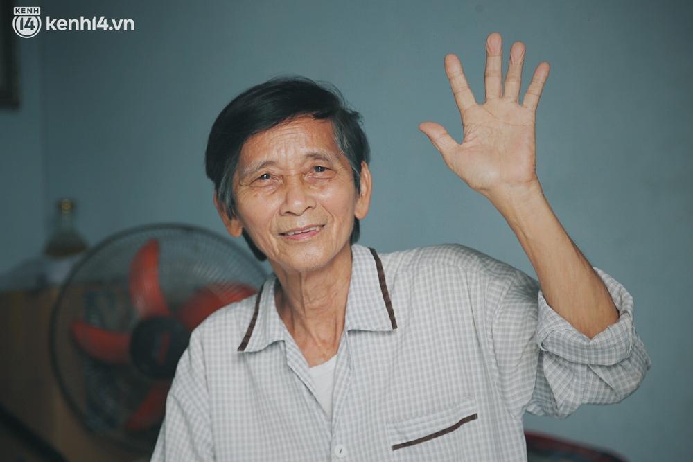 Gặp chú chủ trọ cầm xấp tiền 200.000 tặng từng người thuê ở Sài Gòn: Bà con khổ quá rồi, mình có thì giúp thôi - Ảnh 3.