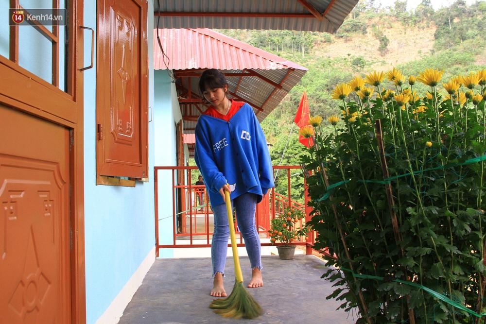 Người dân vùng sạt lở Trà Leng đón Tết ấm cúng trong những căn nhà mới - Ảnh 7.