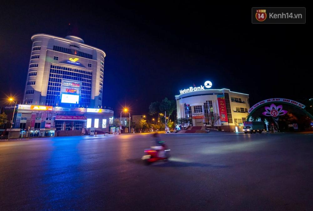 Chùm ảnh: Quang cảnh nội thành Hải Dương trong những ngày giãn cách xã hội toàn tỉnh - Ảnh 6.