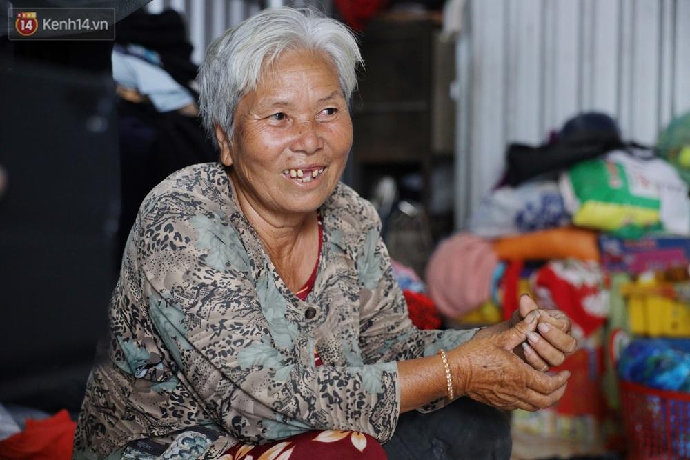 Về miền Tây nghe cụ Út hài hước kể chuyện một đời lo chữ hiếu: Tui đợi má mất thì sẽ lấy chồng, dè đâu má thọ 100 tuổi - Ảnh 7.