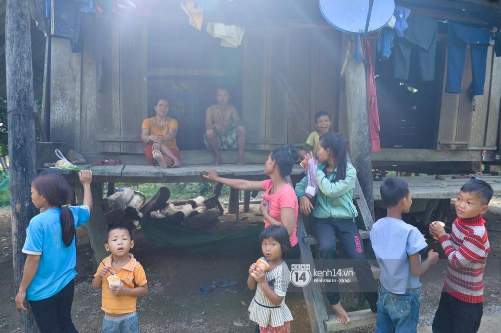 Vụ Hoài Linh lên kế hoạch từ thiện ở Quảng Bình như văn bản trong video: Người dân không biết, chính quyền nói gì? - Ảnh 10.