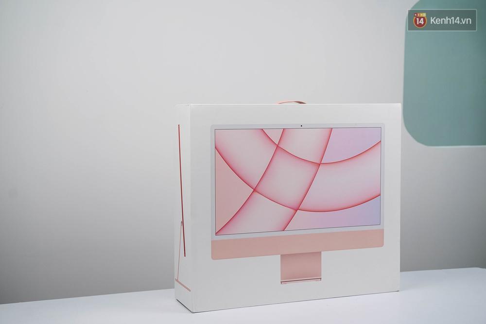 Mở hộp chiếc iMac 2021 đỏ kiêu sa sang chảnh vừa về Việt Nam, nhìn là muốn chốt đơn ngay! - Ảnh 2.