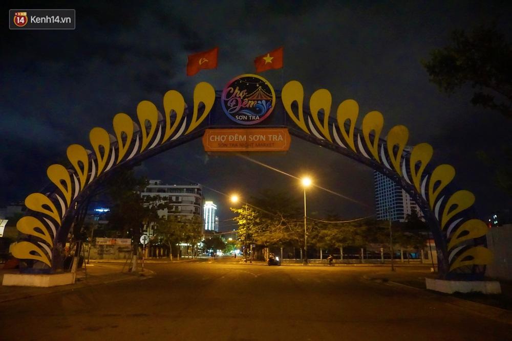 Quán bar, karaoke, chợ đêm ở Đà Nẵng lại ngủ đông phòng Covid-19: Một năm kinh doanh khó khăn... - Ảnh 9.
