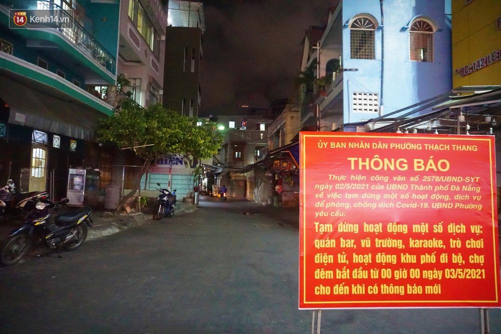Quán bar, karaoke, chợ đêm ở Đà Nẵng lại ngủ đông phòng Covid-19: Một năm kinh doanh khó khăn... - Ảnh 1.