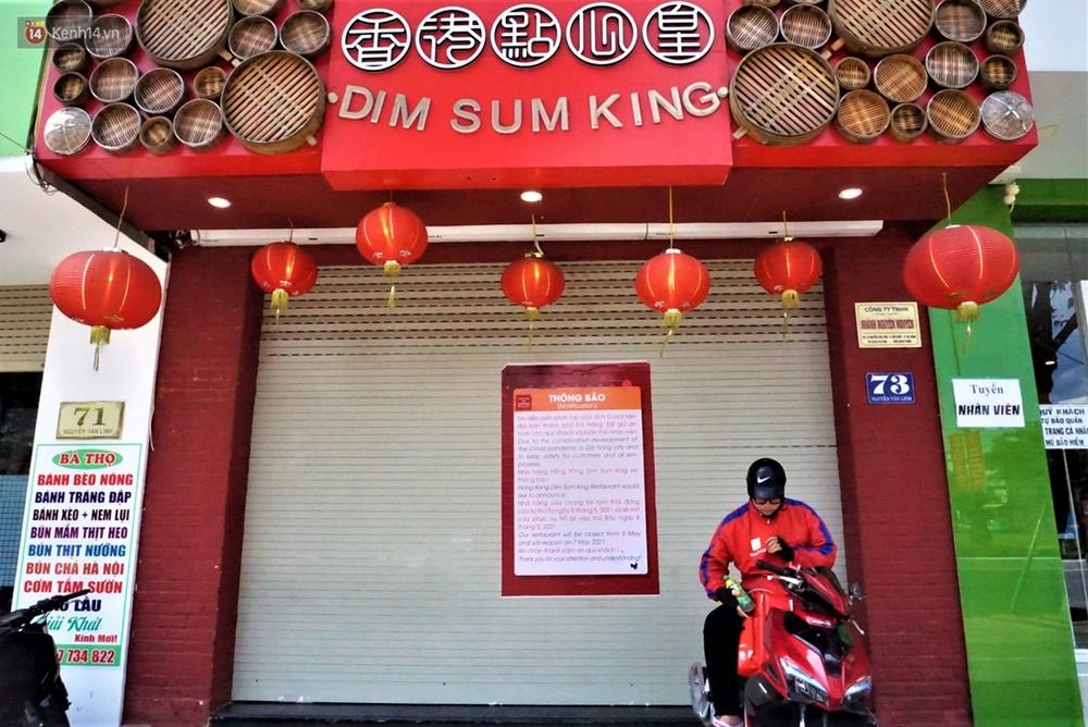 Chưa đến giờ G, nhiều hàng quán ở Đà Nẵng đã chủ động đóng cửa sớm để phòng dịch Covid-19 - Ảnh 6.