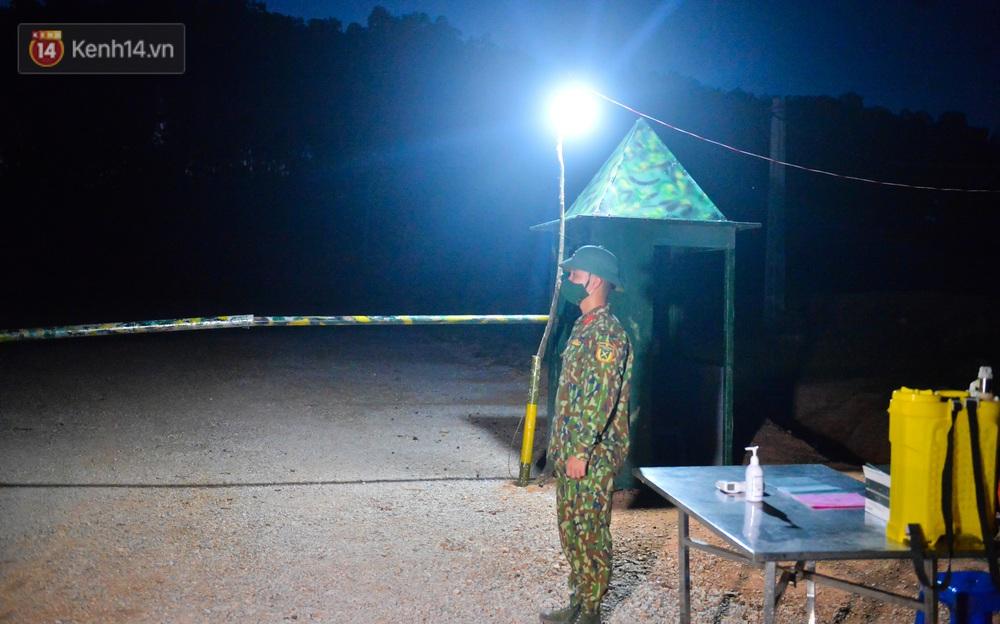 Cuộc hành quân thần tốc trong đêm của chiến sĩ Bắc Giang để nhường doanh trại cho người dân cách ly - Ảnh 19.