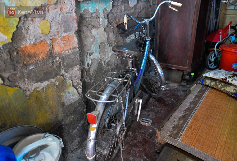 Người đàn ông đi xe đạp kể lại khoảnh khắc cứu sống bé gái rơi từ tầng 2: Giây phút cứu cháu bé, tôi đã coi cháu là con mình - Ảnh 5.