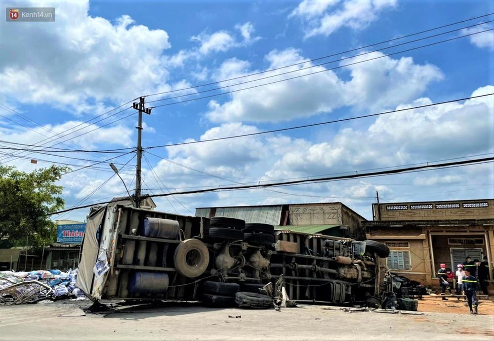 Nhân chứng bàng hoàng kể lại giây phút ô tô tải gây tai nạn liên hoàn khiến ít nhất 7 người thương vong - Ảnh 6.