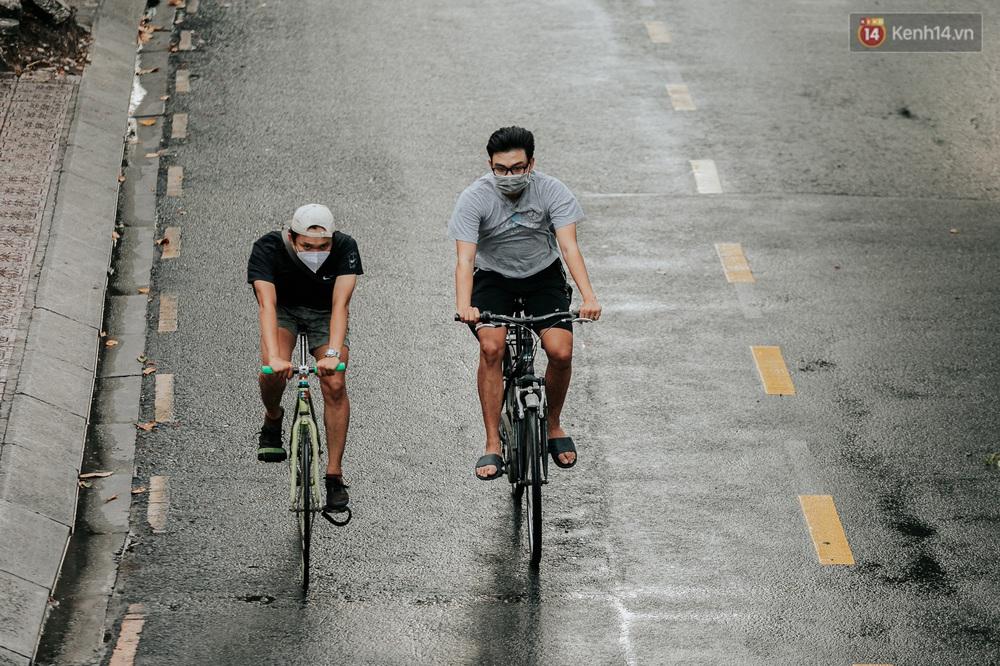 Chuyện không tưởng: Người Sài Gòn đang có trào lưu chạy xe đạp bạc triệu giữa mùa dịch, đầu tư không kém mấy tay đua ở Tour de France - Ảnh 25.
