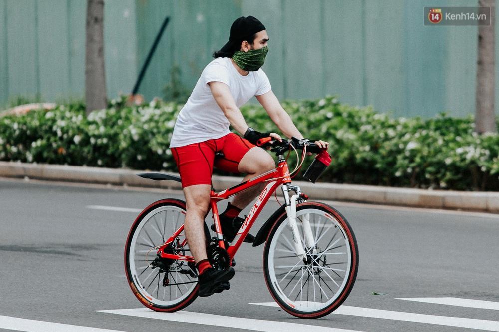Chuyện không tưởng: Người Sài Gòn đang có trào lưu chạy xe đạp bạc triệu giữa mùa dịch, đầu tư không kém mấy tay đua ở Tour de France - Ảnh 27.