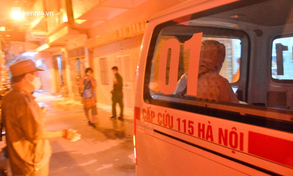 Hà Nội: Phong toả con ngõ tại quận Đống Đa, đưa ca bệnh từ F1 trở thành F0 đi cách ly - Ảnh 12.