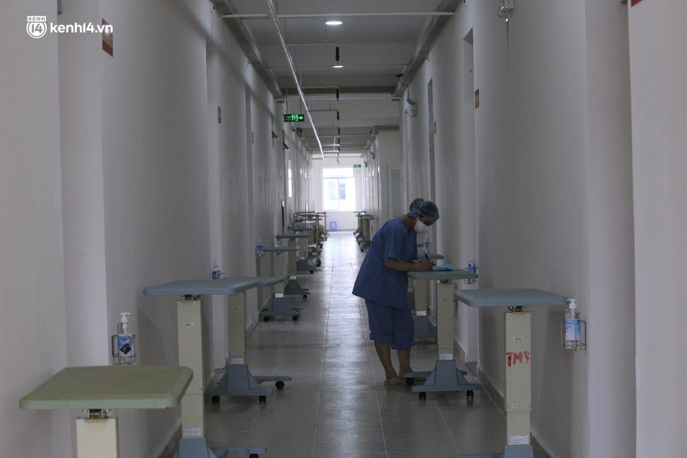 Ảnh: Cận cảnh Bệnh viện dã chiến số 1 điều trị bệnh nhân COVID-19 ở Đà Nẵng - Ảnh 9.