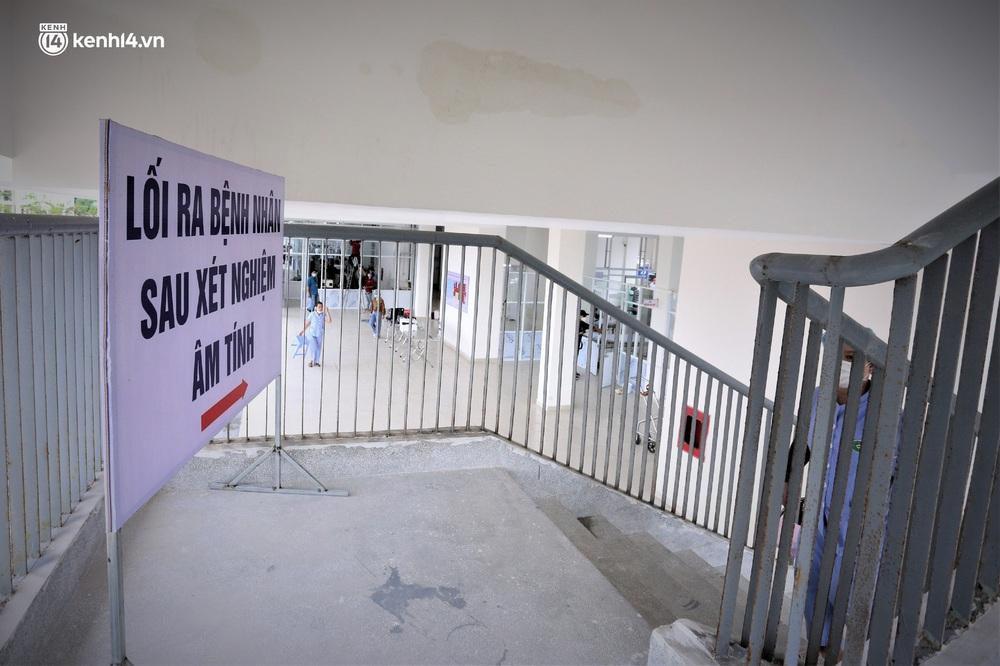 Ảnh: Cận cảnh Bệnh viện dã chiến số 1 điều trị bệnh nhân COVID-19 ở Đà Nẵng - Ảnh 15.