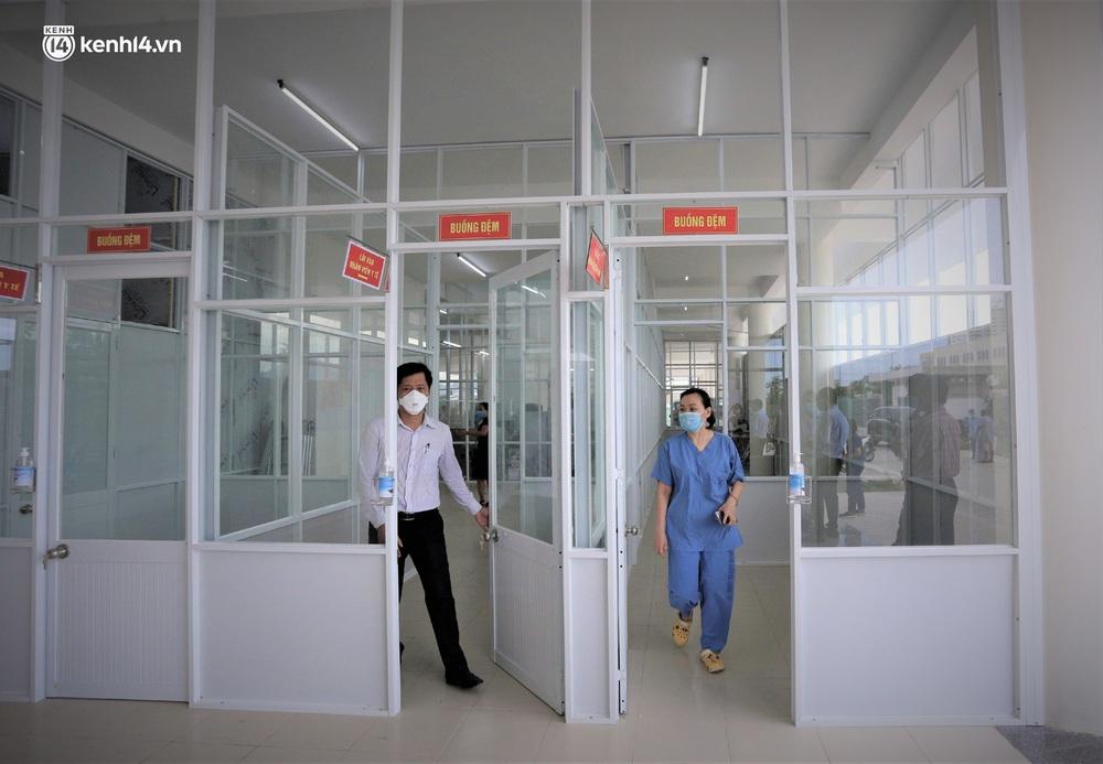 Ảnh: Cận cảnh Bệnh viện dã chiến số 1 điều trị bệnh nhân COVID-19 ở Đà Nẵng - Ảnh 17.