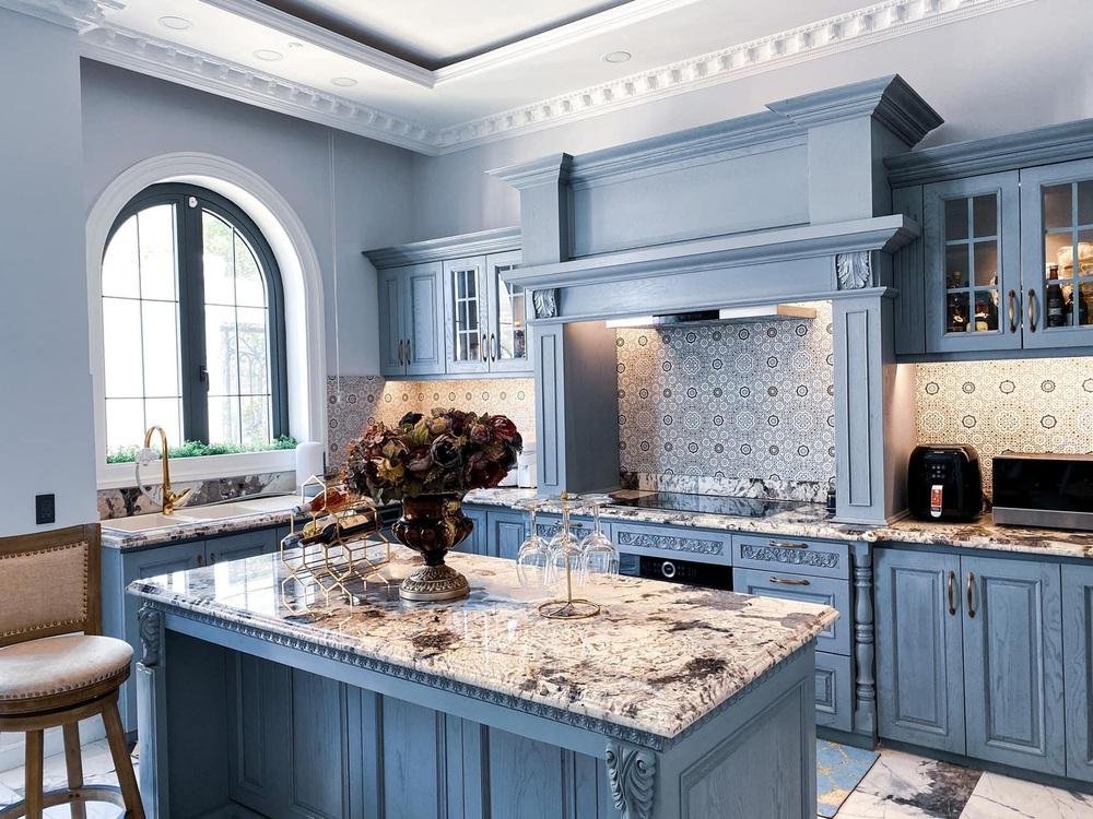 Vợ Đăng Khôi khoe căn bếp style châu Âu trong biệt thự 2 triệu đô, chọn toàn vật liệu thượng lưu ngắm thấy mê  - Ảnh 8.