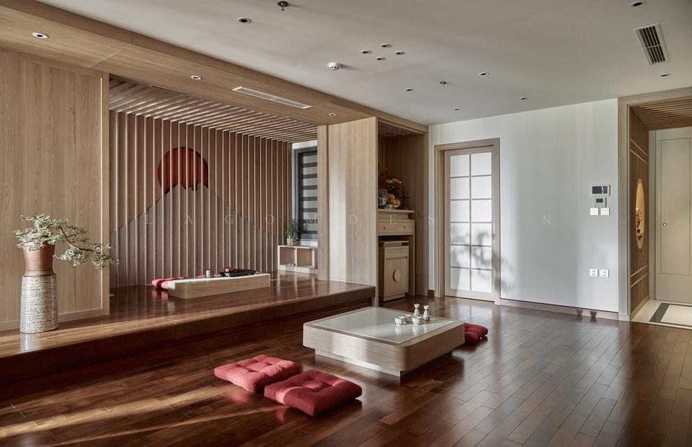Căn hộ 130m2 lột xác với chi phí 1,1 tỷ đồng, chủ nhà đập hết tường ngăn để nhường diện tích cho phòng khách - Ảnh 4.