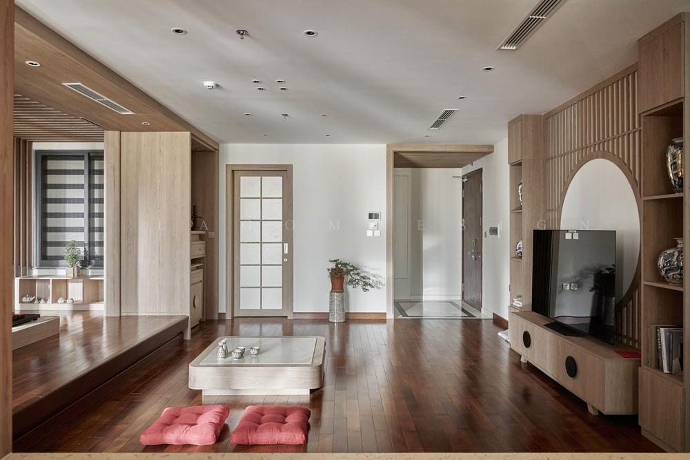 Căn hộ 130m2 lột xác với chi phí 1,1 tỷ đồng, chủ nhà đập hết tường ngăn để nhường diện tích cho phòng khách - Ảnh 2.