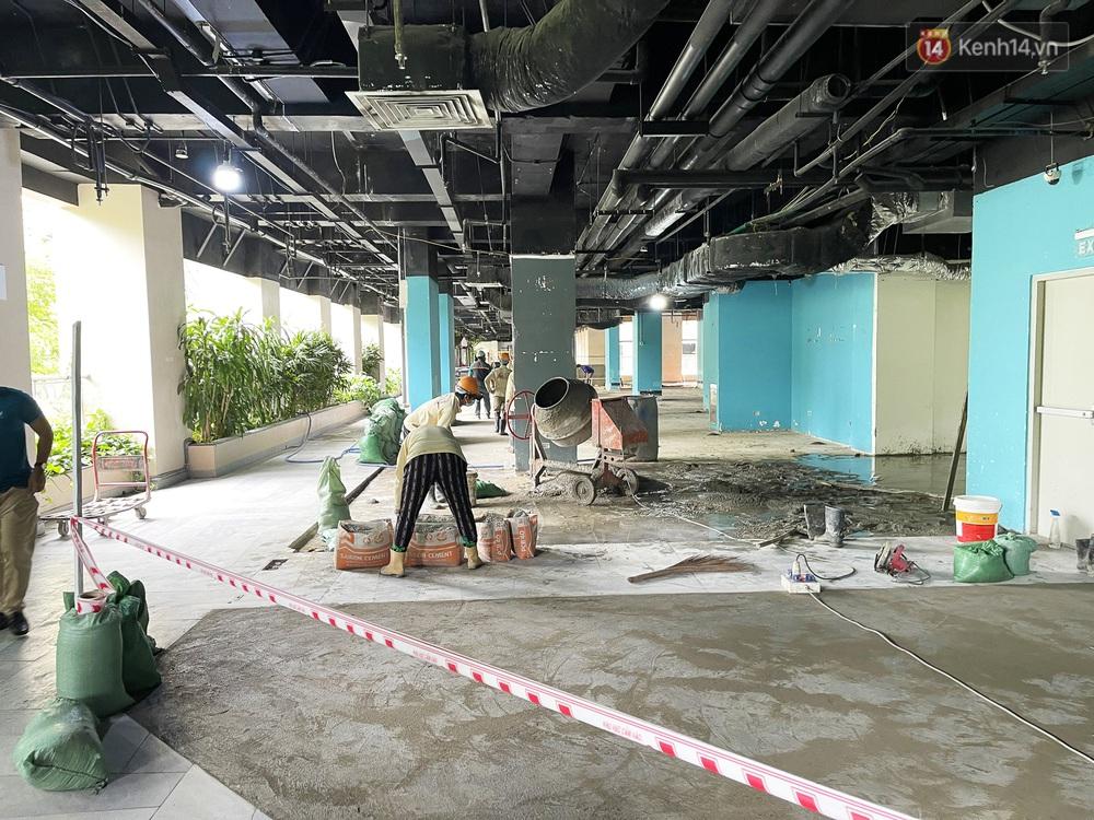 Toàn cảnh bên trong Thuận Kiều Plaza đang thi công chuyển đổi thành bệnh viện dã chiến 1.000 giường bệnh - Ảnh 14.