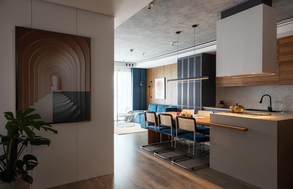 Cặp đôi chốt căn hộ 103m2 gần hồ Tây, buộc phải cắt giảm chi phí thiết kế nhưng thành quả vẫn sang vô cùng  - Ảnh 1.