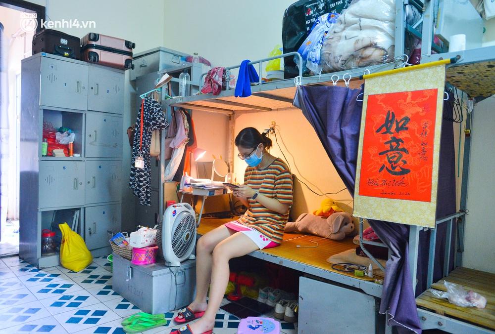 Cuộc sống những sinh viên mắc kẹt ở Hà Nội vì dịch Covid-19: Nhớ quê nhà nhưng chuẩn bị tâm lý nếu tiếp tục giãn cách - Ảnh 12.