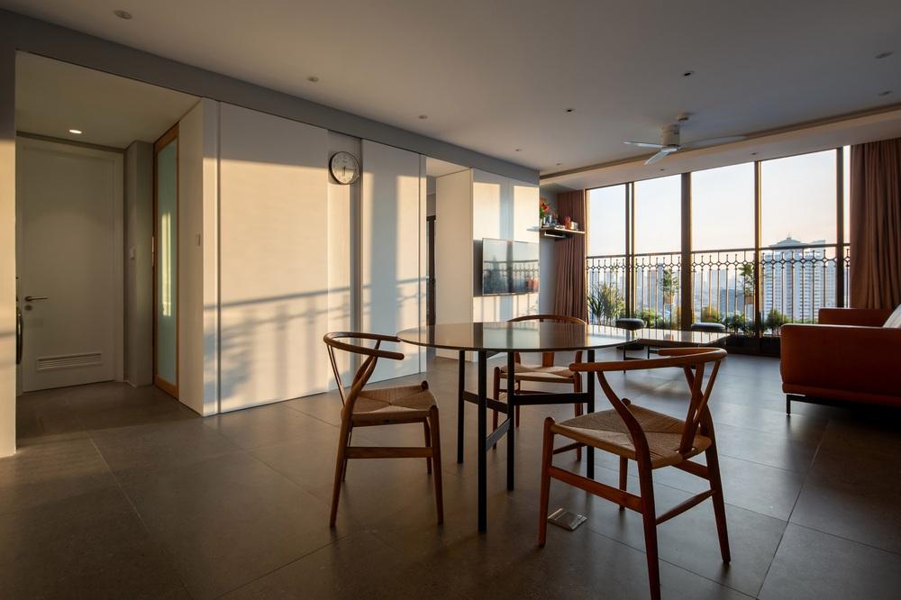 Chủ nhà cải tạo căn hộ tân cổ điển bằng đúng tiền cho thuê nhà 3 năm: Đơn giản nhưng thừa độ rộng thoáng lẫn độ chill - Ảnh 2.