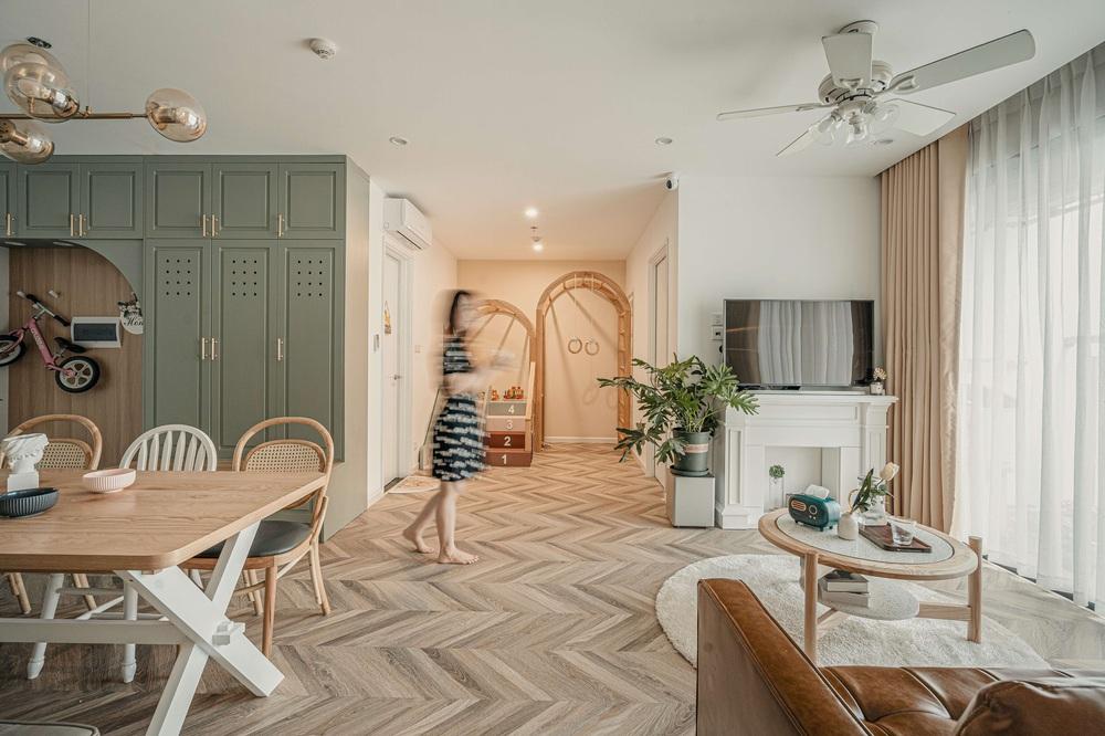Tậu căn hộ Vinhomes Ocean Park 98m2, vợ chồng trẻ chi 350 triệu thiết kế theo style chuẩn tây quá ấm áp bình yên - Ảnh 2.
