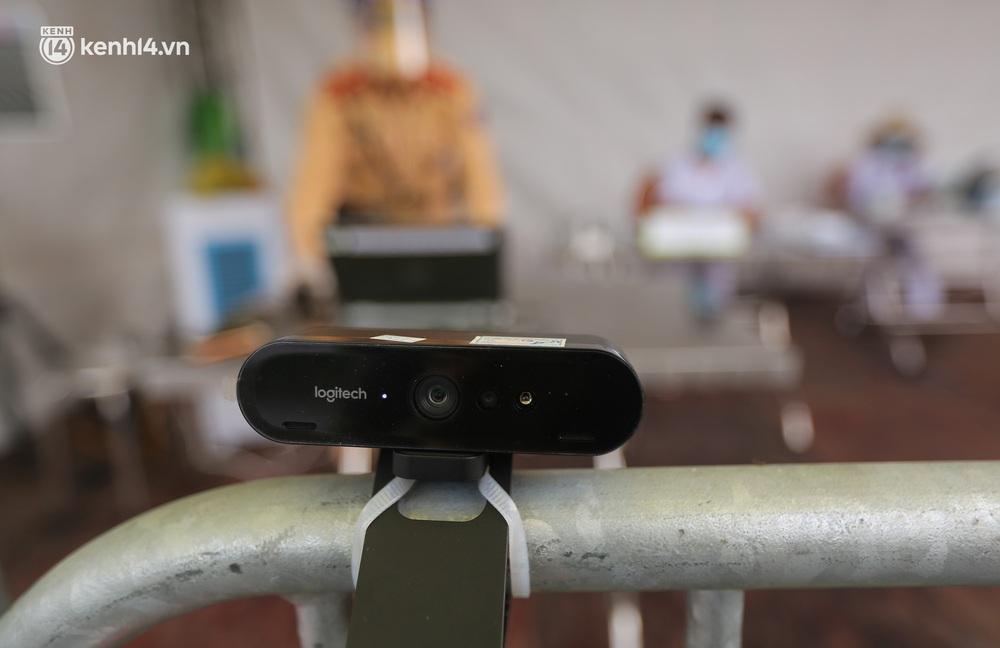 Hà Nội: Cận cảnh mắt thần quét mã QR Code tại 67 chốt kiểm dịch giúp người dân hạn chế tiếp xúc gần - Ảnh 5.