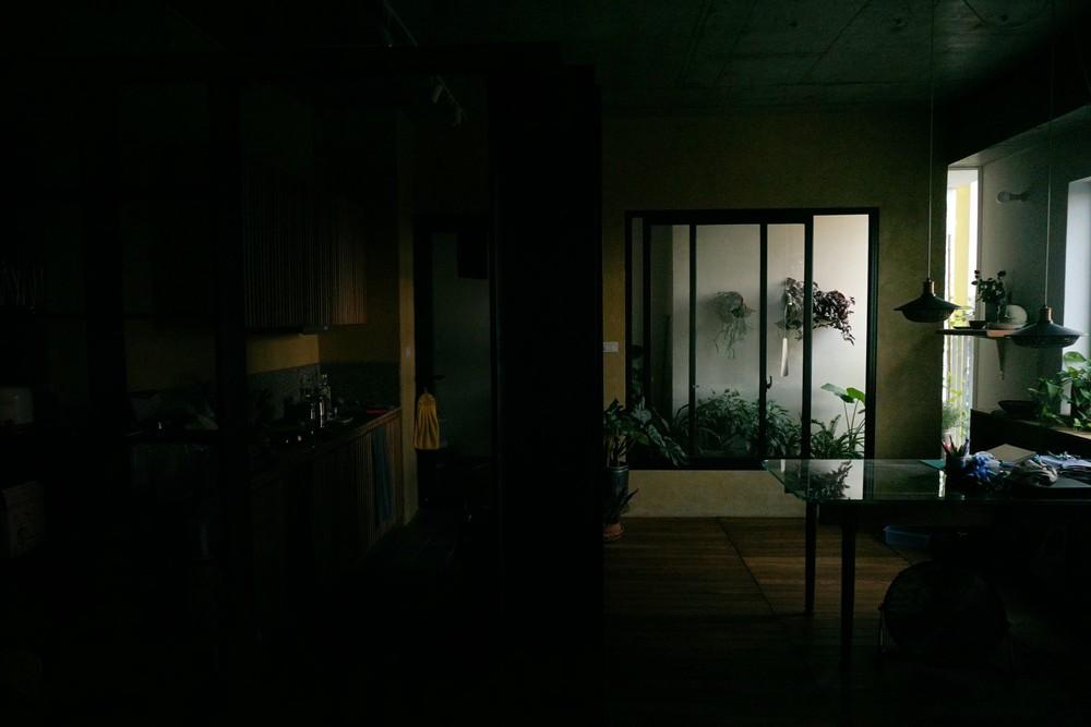 """Gia đình nhỏ chi 390 triệu làm căn hộ cổ điển giữa lòng Hà Nội, đứng ở bất cứ đâu cũng có góc chụp ảnh cực """"thơ"""" - Ảnh 14."""