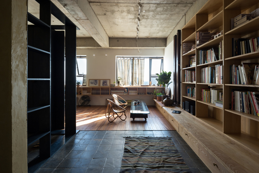 """Gia đình nhỏ chi 390 triệu làm căn hộ cổ điển giữa lòng Hà Nội, đứng ở bất cứ đâu cũng có góc chụp ảnh cực """"thơ"""" - Ảnh 17."""