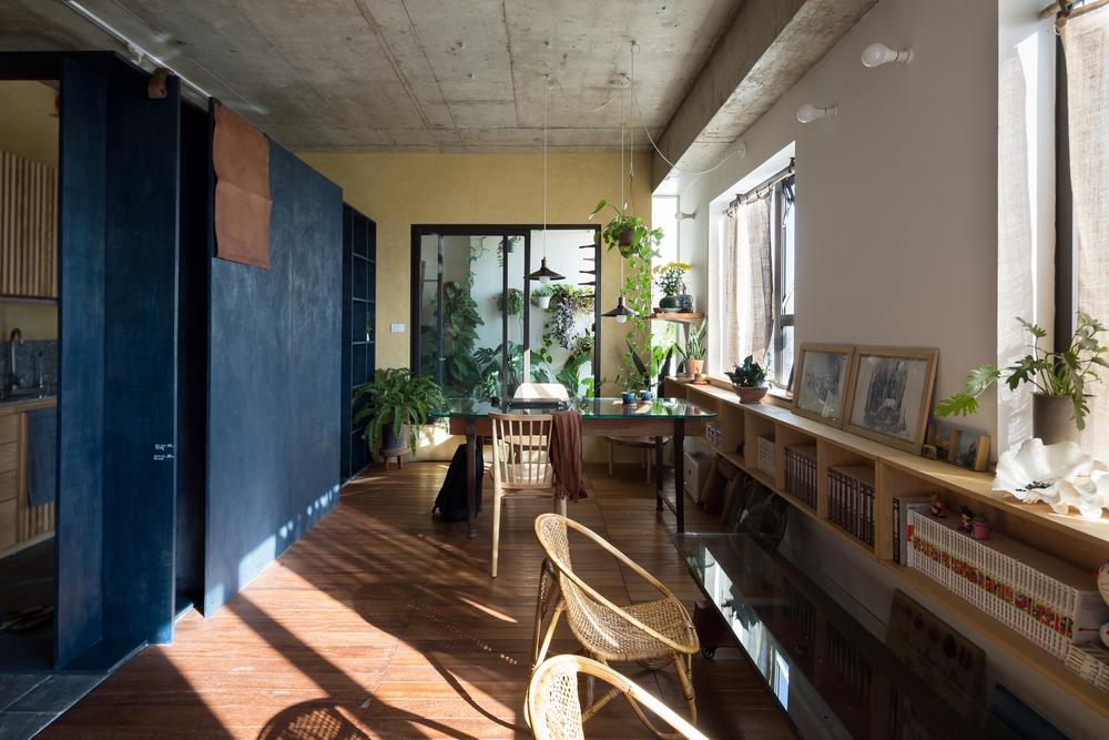 """Gia đình nhỏ chi 390 triệu làm căn hộ cổ điển giữa lòng Hà Nội, đứng ở bất cứ đâu cũng có góc chụp ảnh cực """"thơ"""" - Ảnh 9."""