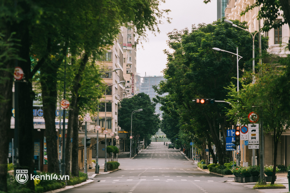 Ngày Quốc khánh đặc biệt: Cả Hà Nội, Sài Gòn và Đà Nẵng đều lặng yên, đồng lòng chiến thắng đại dịch - Ảnh 18.