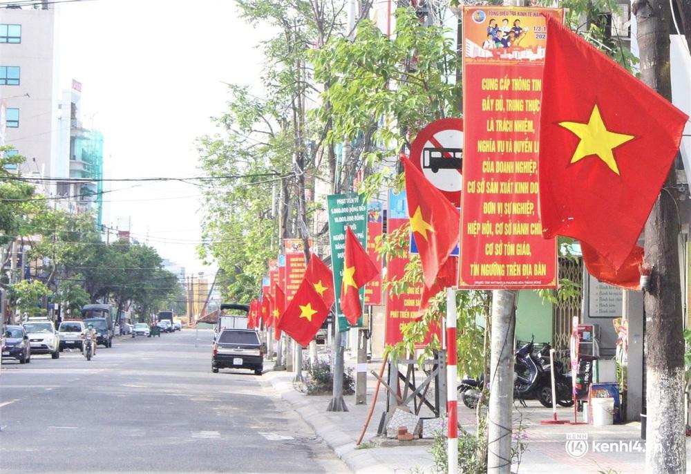 Ngày Quốc khánh đặc biệt: Cả Hà Nội, Sài Gòn và Đà Nẵng đều lặng yên, đồng lòng chiến thắng đại dịch - Ảnh 34.