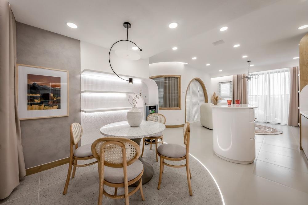 Bỏ 900 triệu thiết kế căn hộ, 8x xứng đáng nhận điểm 10 vì góc nào cũng đẹp như showroom - Ảnh 4.