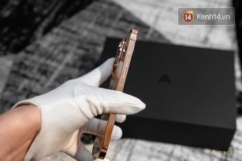 Lác mắt với iPhone 13 Pro Max mạ vàng có giá hơn 130 triệu đồng được chế tác tại Việt Nam - Ảnh 6.