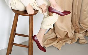 Hãy sắm 1 đôi giày đỏ: Style của bạn sẽ được nâng tầm sang chảnh như gái Pháp