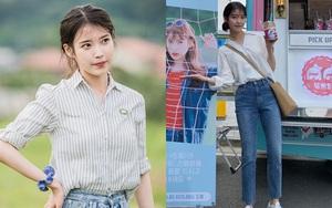 IU chỉ diện áo sơ mi và quần jeans thôi mà cũng chuẩn đẹp, chị em công sở có thêm gợi ý ăn mặc thanh lịch nguyên tuần đi làm
