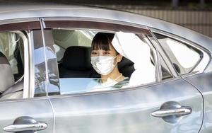 """Câu hỏi """"xương"""" nhất hôm nay: Công chúa Nhật không có váy cưới thì mặc gì trong hôn lễ?"""