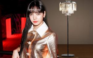 Học Lisa mua đèn sàn pha lê để nhà đẹp lên 10 chân kính