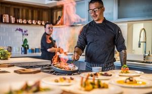 """Thú vui chỉ giới siêu giàu mới kham nổi: Thuê đầu bếp nổi tiếng nấu ăn cho, một bữa có thể """"bay"""" 7 tỷ VNĐ"""