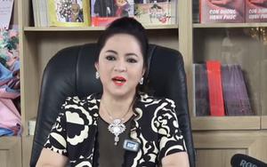 Fan comment câu hỏi Hoá học trong livestream của Phương Hằng, xem cách đáp trả mà phục vì vừa giàu vừa giỏi