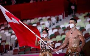 """Sau khi bị loại tại Olympic 2020 theo kịch bản đáng quên, nam thần """"bóng nhẫy"""" bỗng nói một câu trên MXH được fan ca ngợi hết lời"""
