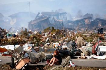 Những câu chuyện đầy xúc động về thảm họa kép tại Nhật Bản năm 2011 không ai có thể quên - Ảnh 1.