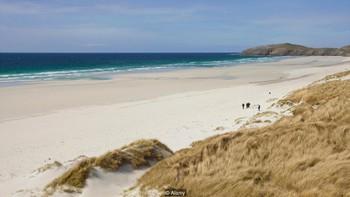 Bí mật giúp quần đảo này trở thành nơi hạnh phúc nhất Anh Quốc - Ảnh 1.