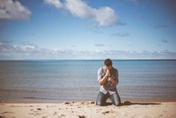 Hội chứng ái kỷ và mánh khóe giăng 6 chiếc bẫy tâm lý khiến tình yêu không lối thoát - Ảnh 7.