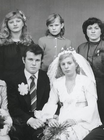 Họ chôn anh với đôi chân trần: Cái chết bi thảm của người lính cứu hỏa ở Chernobyl - Ảnh 6.
