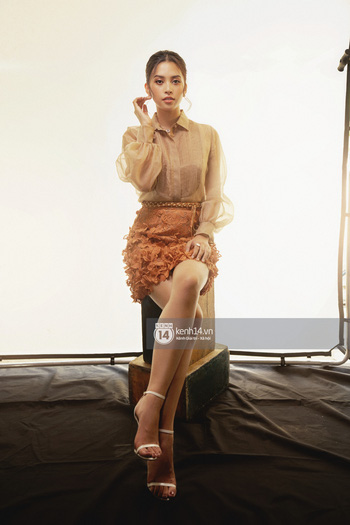 Hoa hậu Tiểu Vy: Tôi vẫn phải đối mặt với những lời phán xét, cũng khóc, cũng buồn, nhưng cuối cùng mình cũng tìm cách bước qua - Ảnh 6.